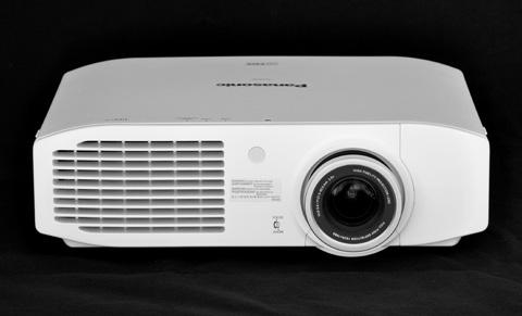 Máy chiếu 3D Panasonic AR100