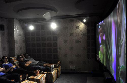 Phong trào làm phòng chiếu phim mini 3D